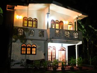 Sri Villa Daisy 4 minites Colombo Airport, Katunayaka