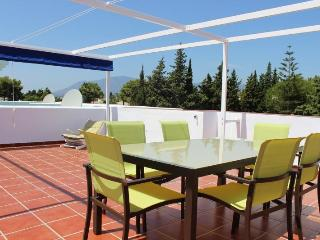 Golf, tennis and bathing close to Marbella