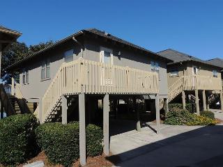 Very Nice,  A Beautiful Cottage with Marsh Views #GC4, Myrtle Beach SC