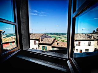 Camere Matrimoniale con Bagno e Terrazza Panoramic, Castelmuzio