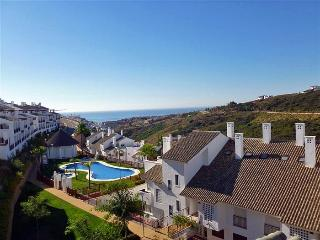 3 Bedrooms Alcaidesa-Golf- Apartment - Free Wi-Fi / Internet
