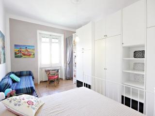 Lucio art and  studio apartment, Rome