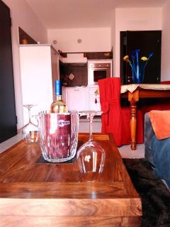 Ingresso - Salone con cucina ad angolo