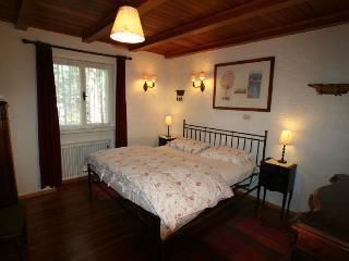 B&B Villa Dolomites Hut  ¤¤¤  Capriolo Room, San Vigilio