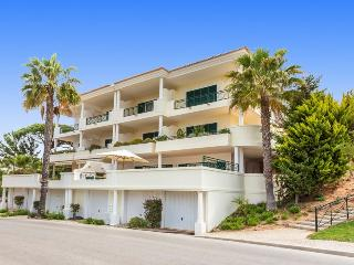 2 Bed VDL Tennis Apartment - near the beach