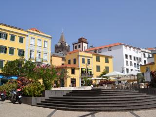 T0 apartment, center Funchal-Madeira island 3N
