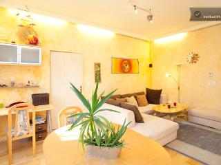 **Cosy City Apartment, 90sqm(!) at AUGARTEN**, Viena