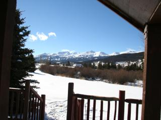 Sleeps 6 Views Amenities - 1 bed - 1 bath + Loft, Breckenridge