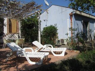 House Aromas and citrus in nature reserve Timpa