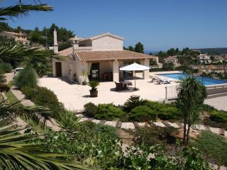 La Perla, lujo, chalet, piscina climatizada, WiFi, Moraira
