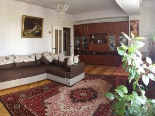 Приятная комната в уютном квартире, Yerevan