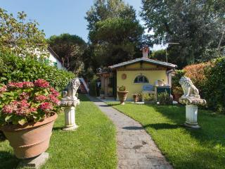 Cottage nel verde Versilia, Marina Di Massa
