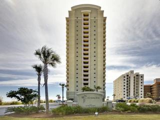 Colonnades #302, three beds, 3 baths that sleeps 9, Gulf Shores