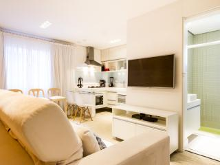 Beautiful 2 Bedroom Apartment in Jardins, São Paulo