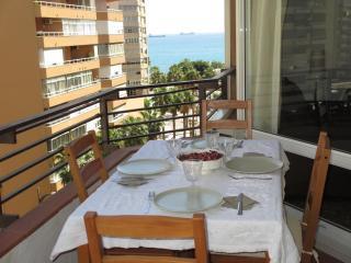 Beach Malagueta-Muelleuno, 3 bed, WIFI, terrace, Málaga