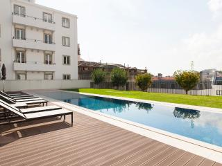 Santa Catarina Swimming Pool Apartment, Lisboa