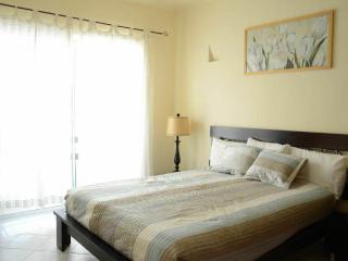 Casa Valentina is a beautiful 2 bed 2 bath condo in the heart of Playa del Carmen