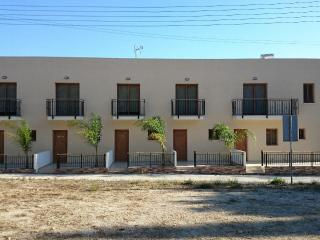 2 Bedroom Maisonette in Armou, Pafos