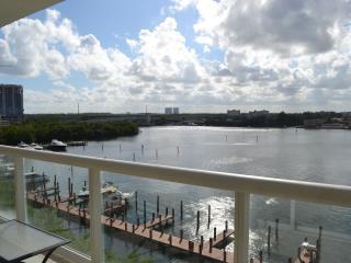 Paradise close to the Beach, North Miami Beach