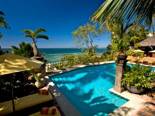 6 BR Upscale Ocean Front House in Conchas Chinas