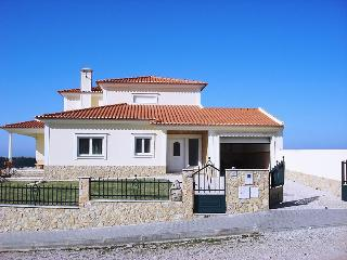 Villa High Over the Sea, Lourinha