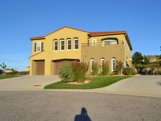 Special Pricing Now on this Affordable Upscale with Amazing Views!, Hollister