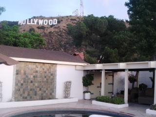 HOLLYWOOD SIGN & AWESOME CITY VIEWS, Los Angeles