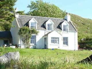 Cottage with stunning views on Scottish west coast, Knoydart