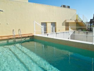 La casa de los balcones. En El Centro de la ciudad y piscina en la azotea.