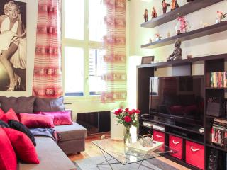 Wonderfully located 2 bedroom apartment in Nice Ol