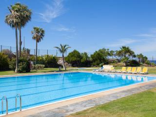 11 Seafront, golf, swimming pool