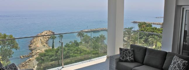 5b Deluxe Penthouse - Amathus beach