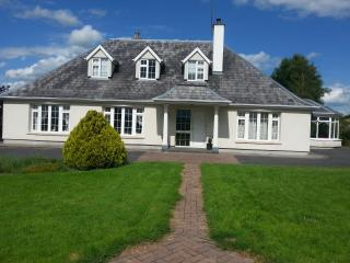 BURREN VIEW LODGE, Loughrea