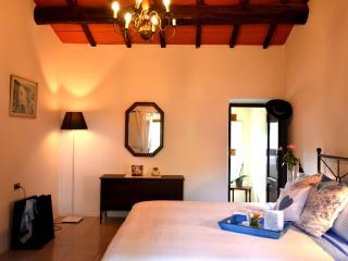 Maria's Tuscan Cottage in Montalbano Hills, Serravalle Pistoiese