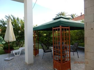Apartment Kairos Trogir, near Split, 6 guests