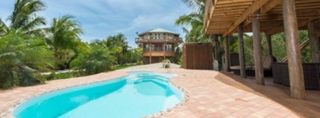 Magnificent 3 Bedroom Villa in the Florida Keys, Clé de Summerland