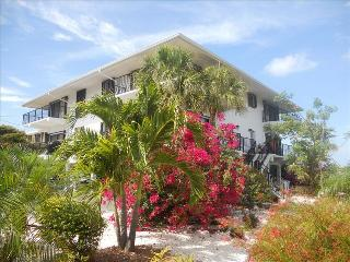 Beautiful open quiet waterfront location directly on the Gulf of Mexico, Marathon