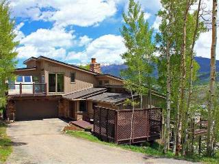 Minutes to 5 Summit County Resorts, Amazing Views!, Silverthorne
