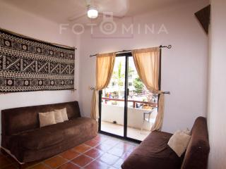 "Mixteca 4 ""Exellent Location fully furnished"", Playa del Carmen"