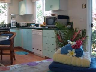 Full Kitchen - all modern conveniences