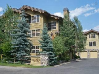High-end Condo in Sun Valley - Easy Walk To Skiing, Ketchum