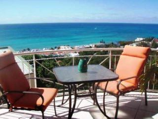 Simpson Bay, Pelican, 2 bedroom, Ocean views, Baie de Simpson