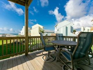 Fabulous Ocean Views!  3BR/3BA Steps to the Beach and Pool at Lost Colony!