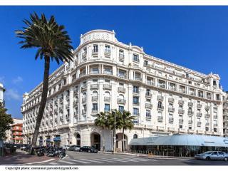 45 Croisette - Le Miramar, Cannes