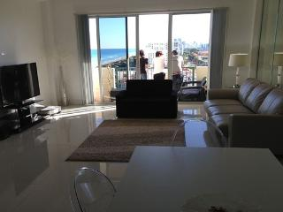 On the Beach Condo with Ocean View-Pet friendly, Surfside
