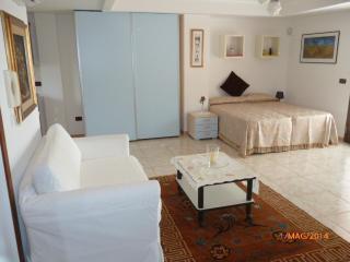 Mansarda monolocale dotata di ogni confort, Lecce
