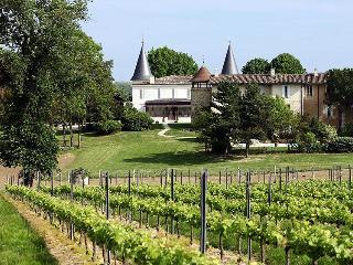 Château de Seguin, Lignan-De-Bordeaux