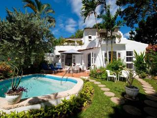 Essential 3 bedroom villa with stunning sunsets and private plunge pool, The Garden