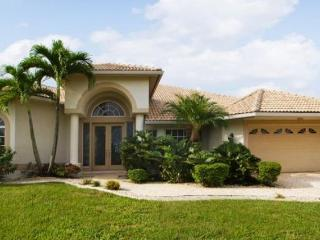 Over looking nature reserve- Exclusive luxury villa- Minutes from Gulf- On waterway- 3 bedrooms, Saint James City