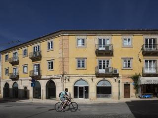 Flattered to be in Tomar. Three bedroom Apartment.